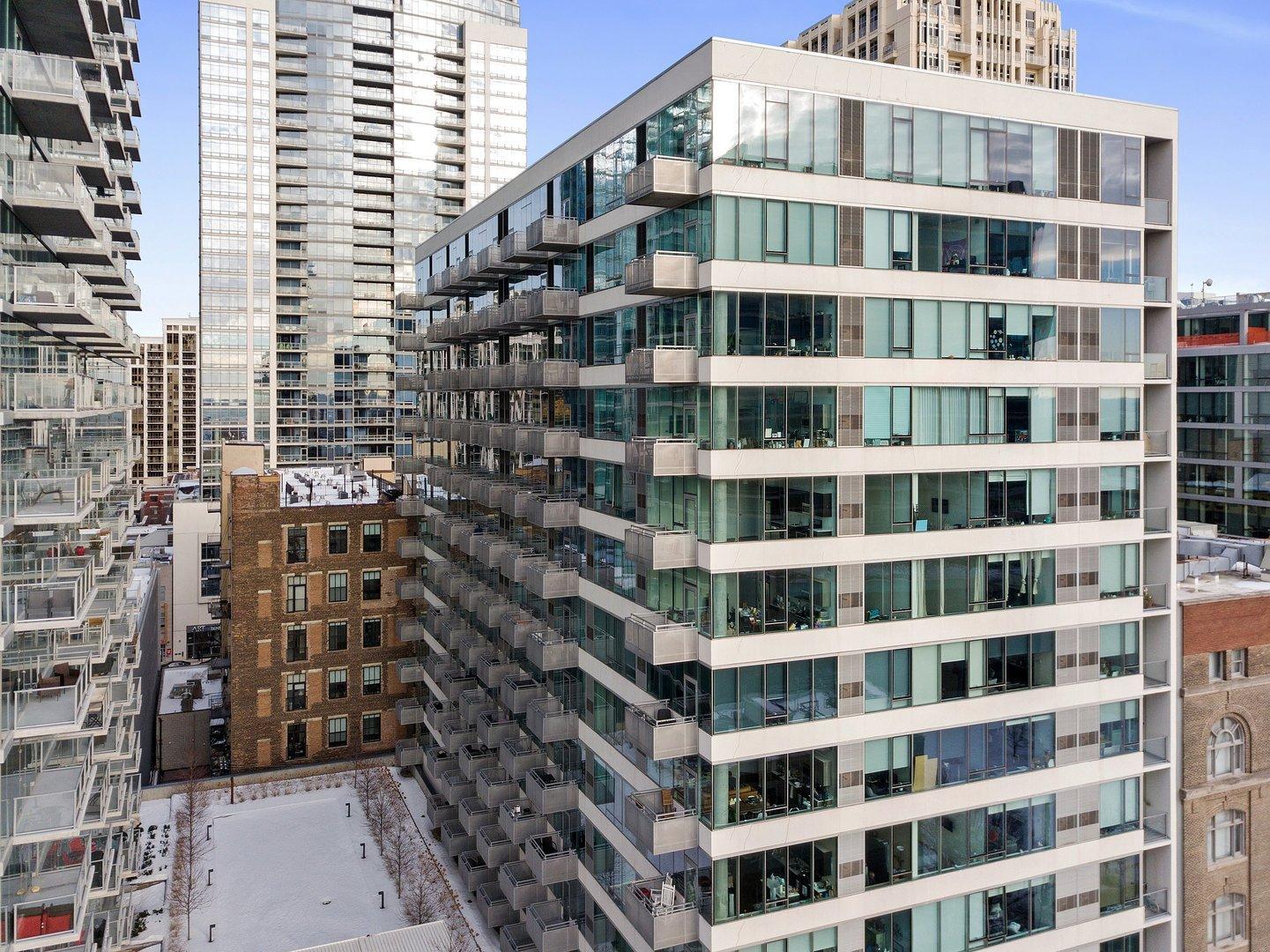 1345 S Wabash  Avenue, Unit 1203 photo