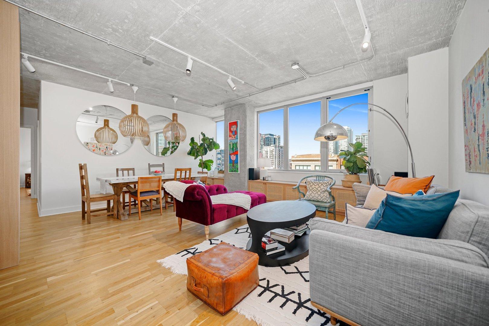 659 W Randolph  Street, Unit 607 photo