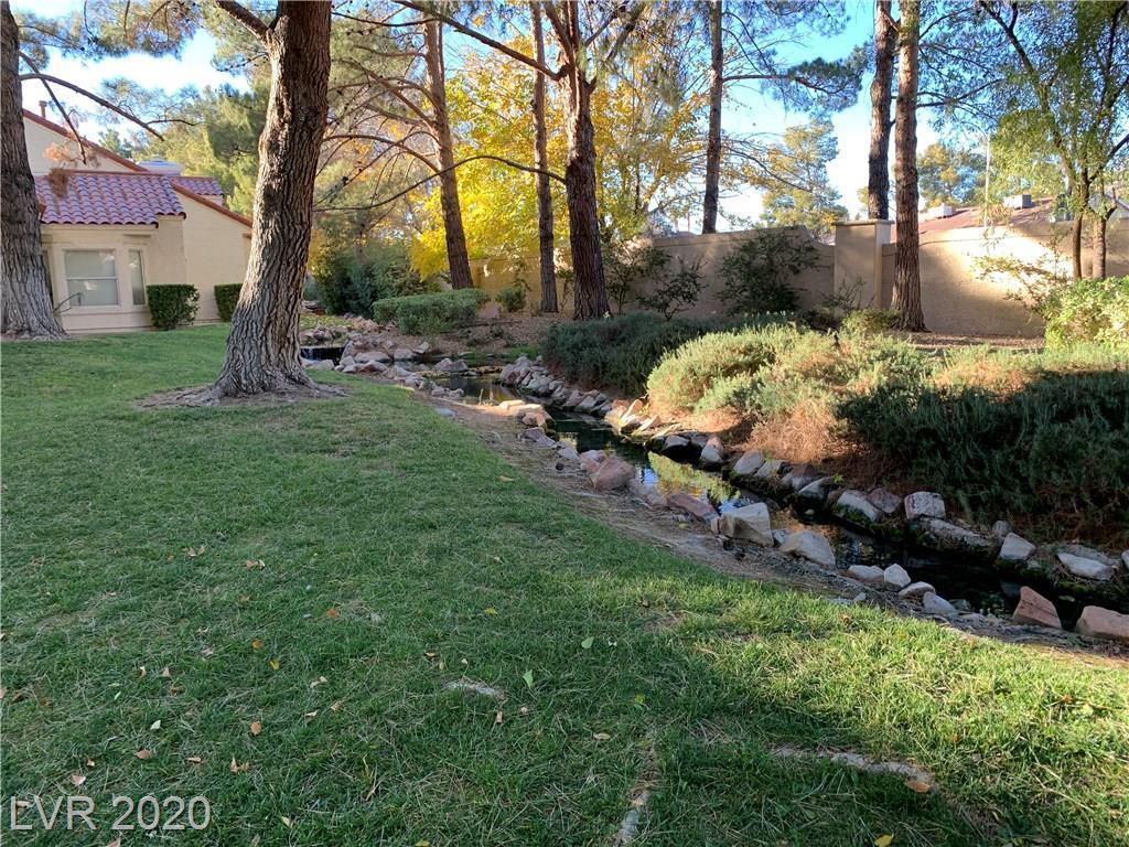 6986 Emerald Springs Lane