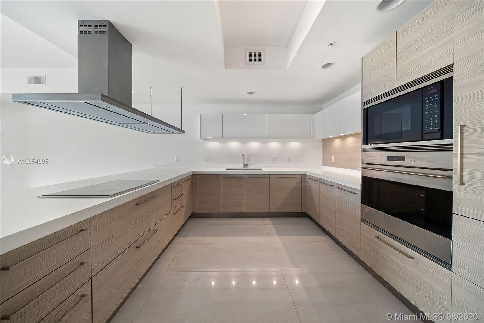 17301 Biscayne Blvd Unit: 2203 preview