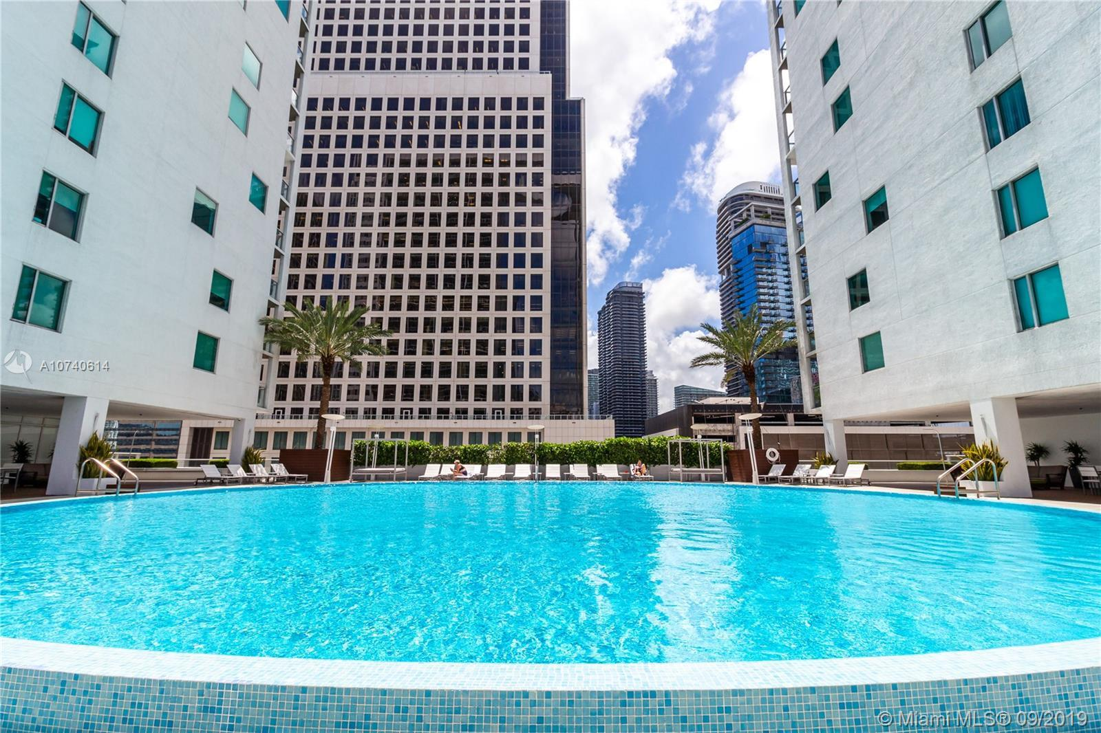 500 Brickell Ave Unit: 1705 preview