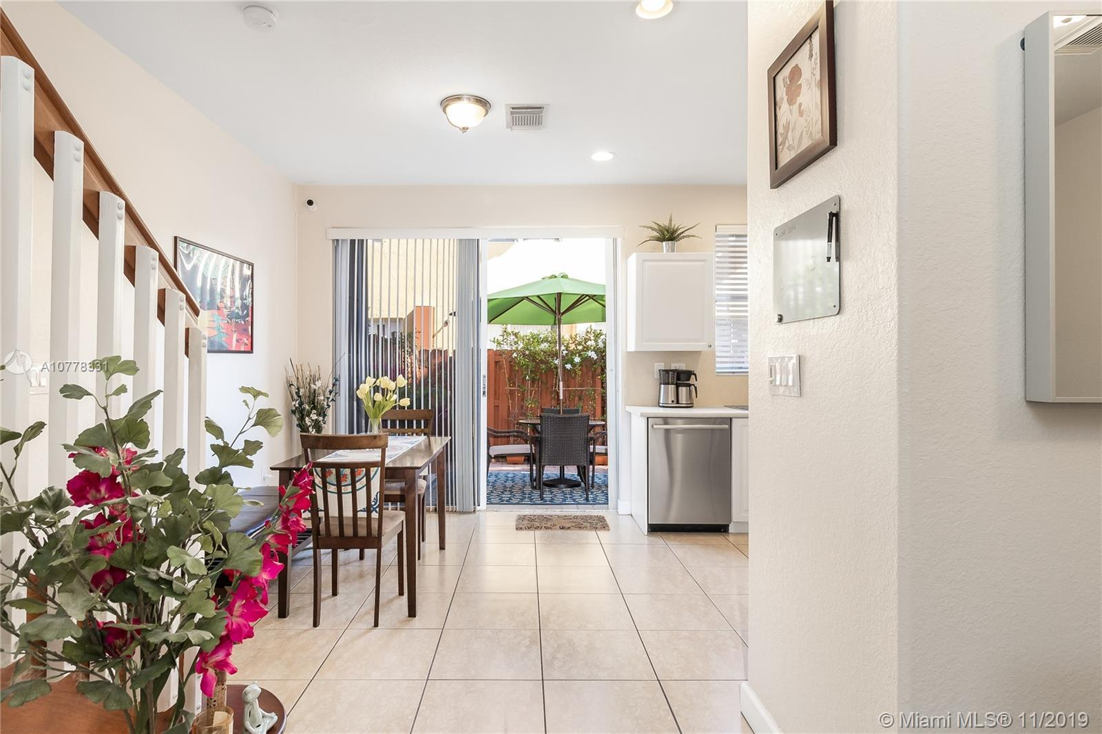 5460 NW 107th Ave Unit: 102 photo
