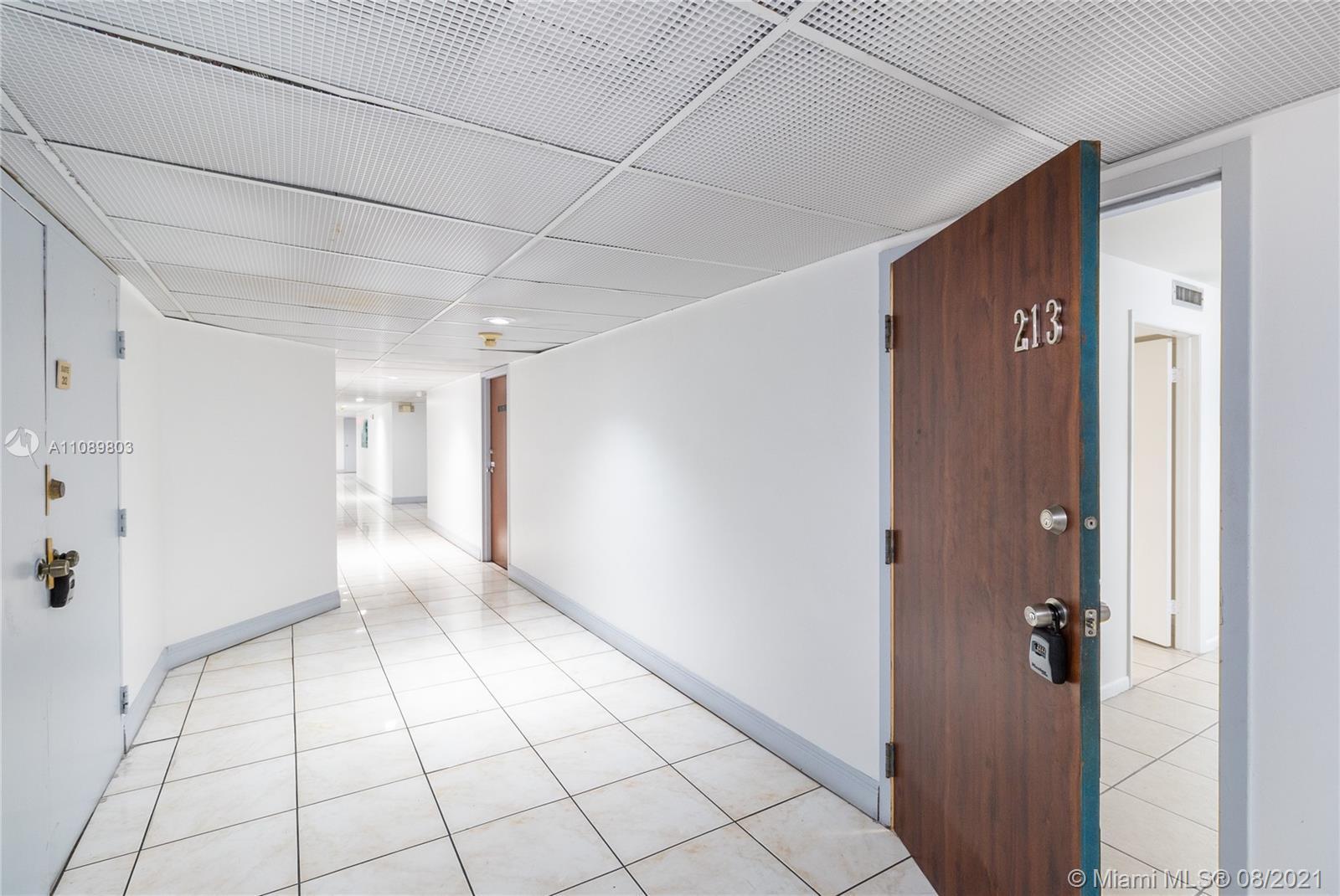 13499 Biscayne Blvd Unit: CU213 photo
