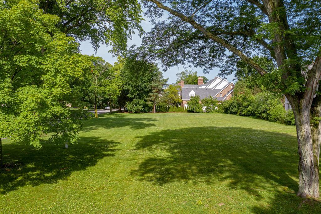 RARELY AVAILABLE VACANT LOT WITH SOUTHWEST EXPOSURE