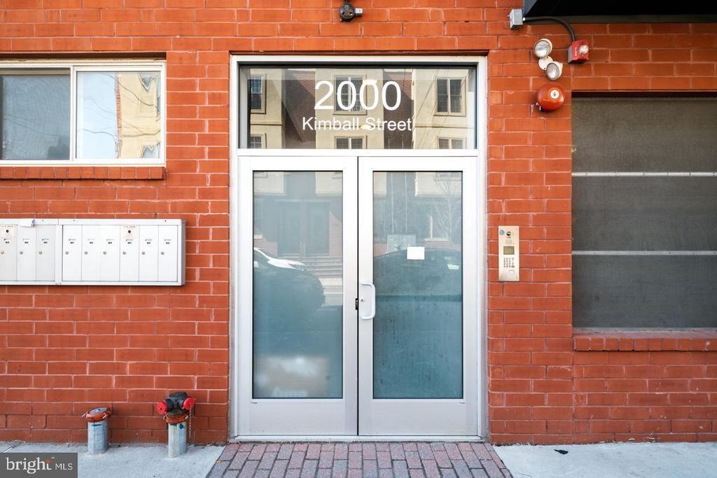 2000 Kimball Street, #B2 photo