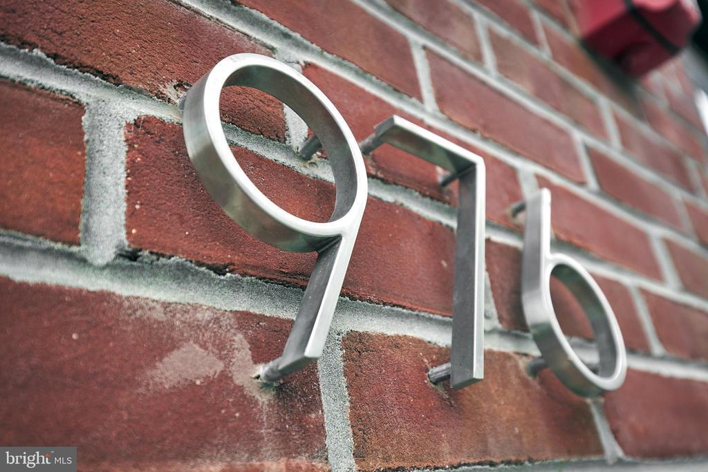 976 N Marshall Street, #2 photo
