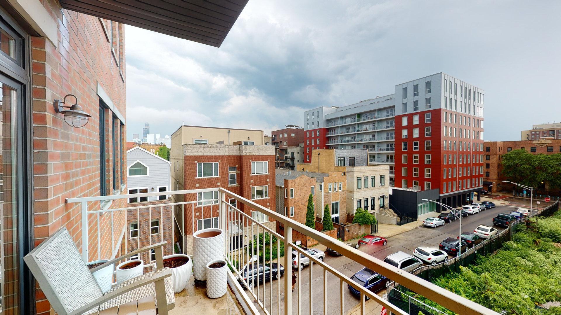 1405 N Orleans  Street, Unit E photo
