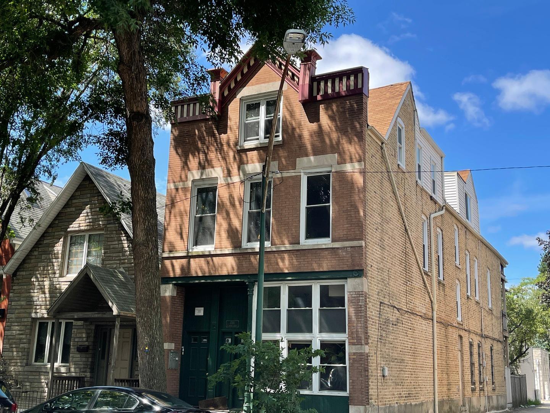 1748 N Honore  Street, Unit 3