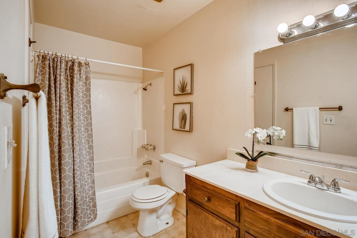 7838 Cowles Mountain Ct #C33 preview