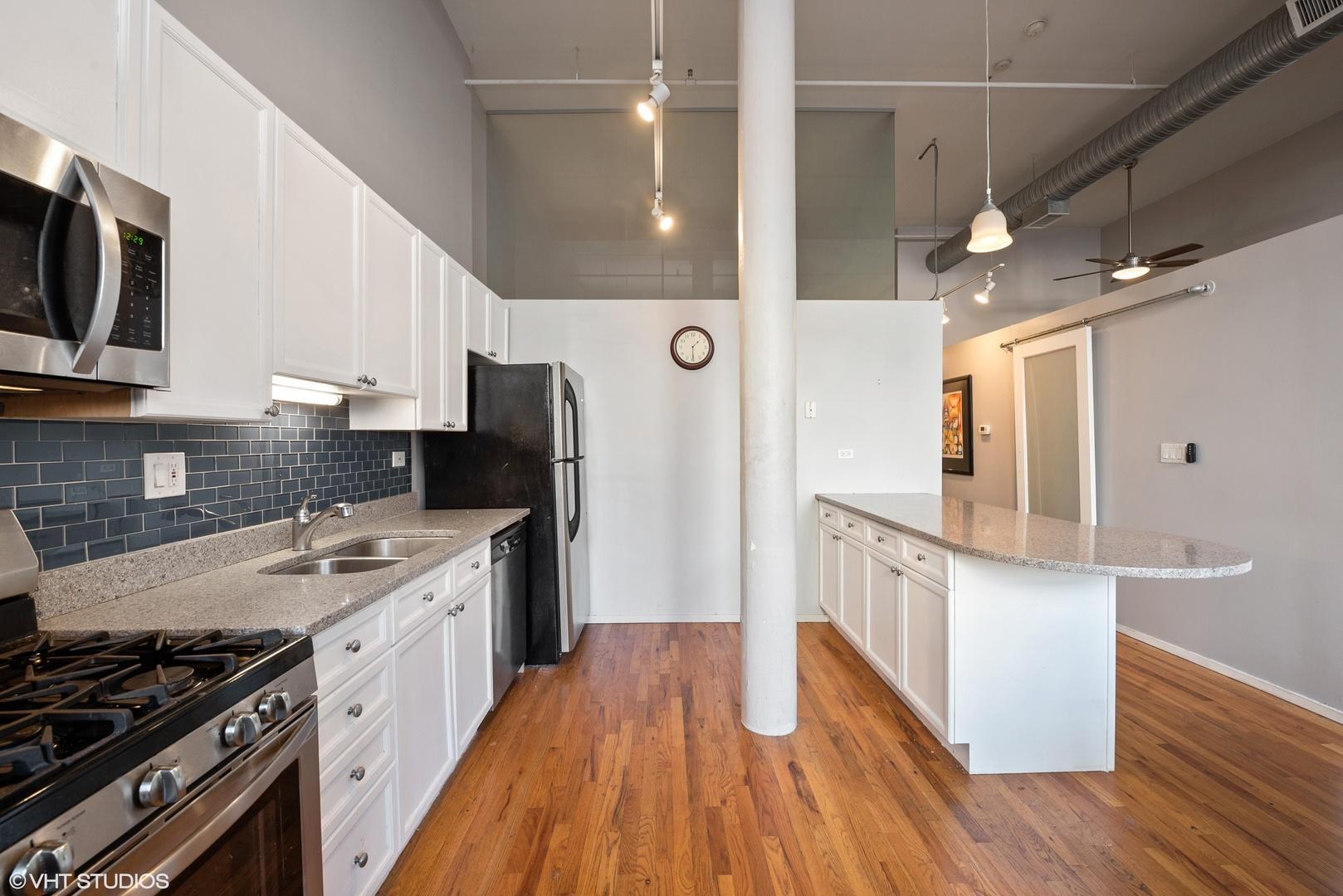 417 S Jefferson  Street, Unit 106B photo
