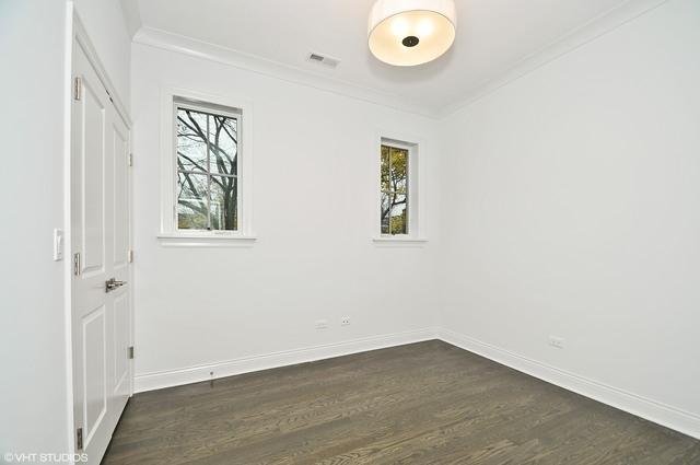 3258 N Clifton  Avenue, Unit 2 photo