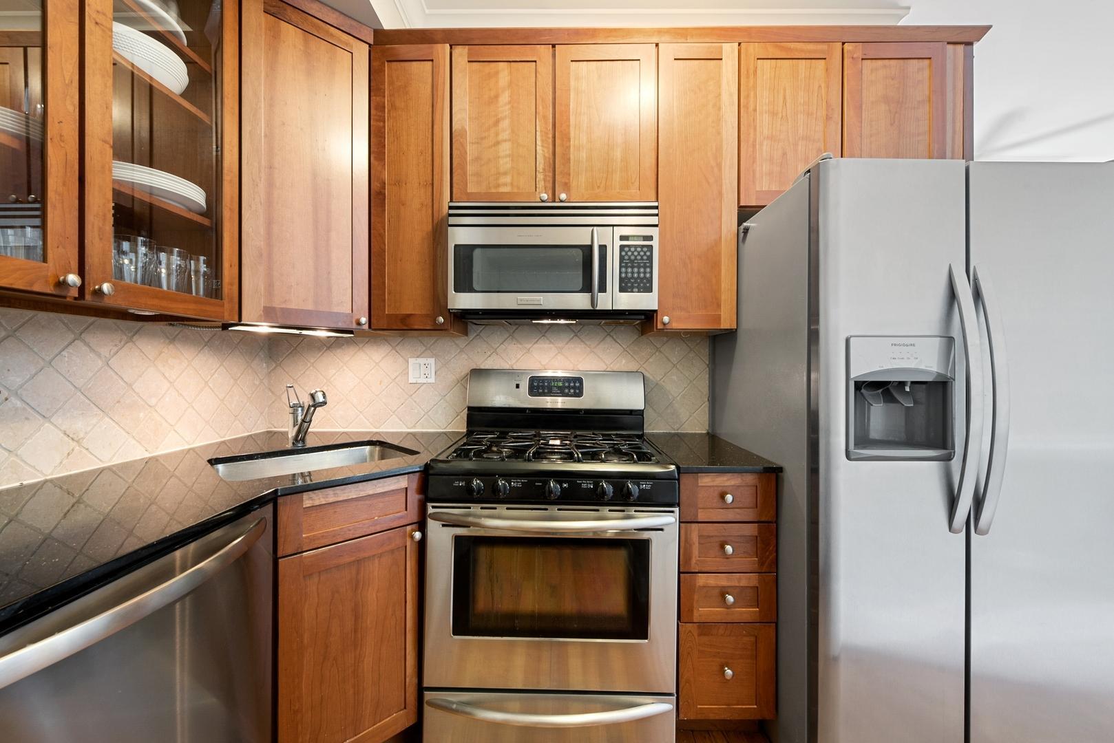 625.5 W Arlington  Place, Unit 3N photo