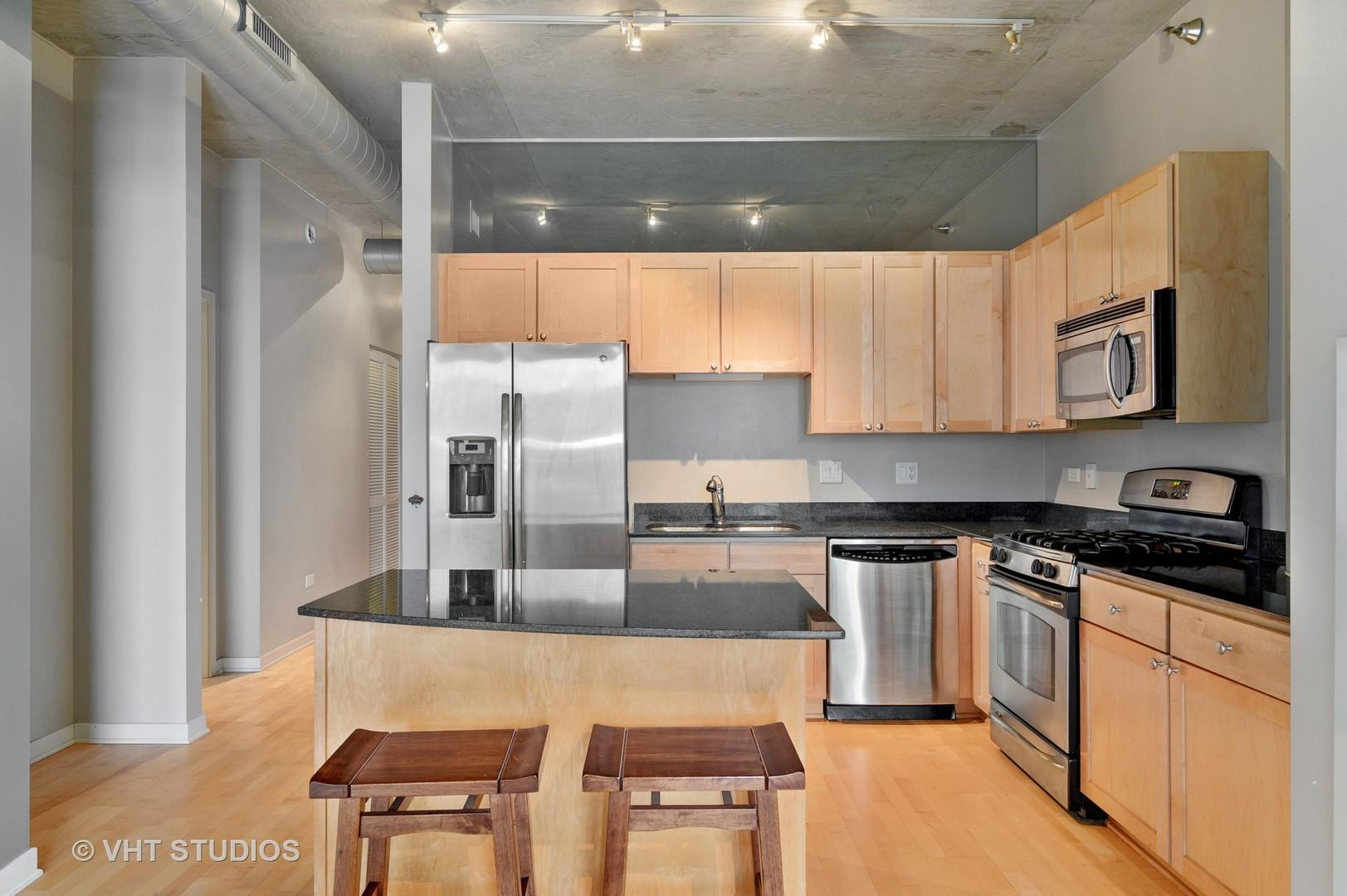 700 N Larrabee  Street, Unit 802 photo