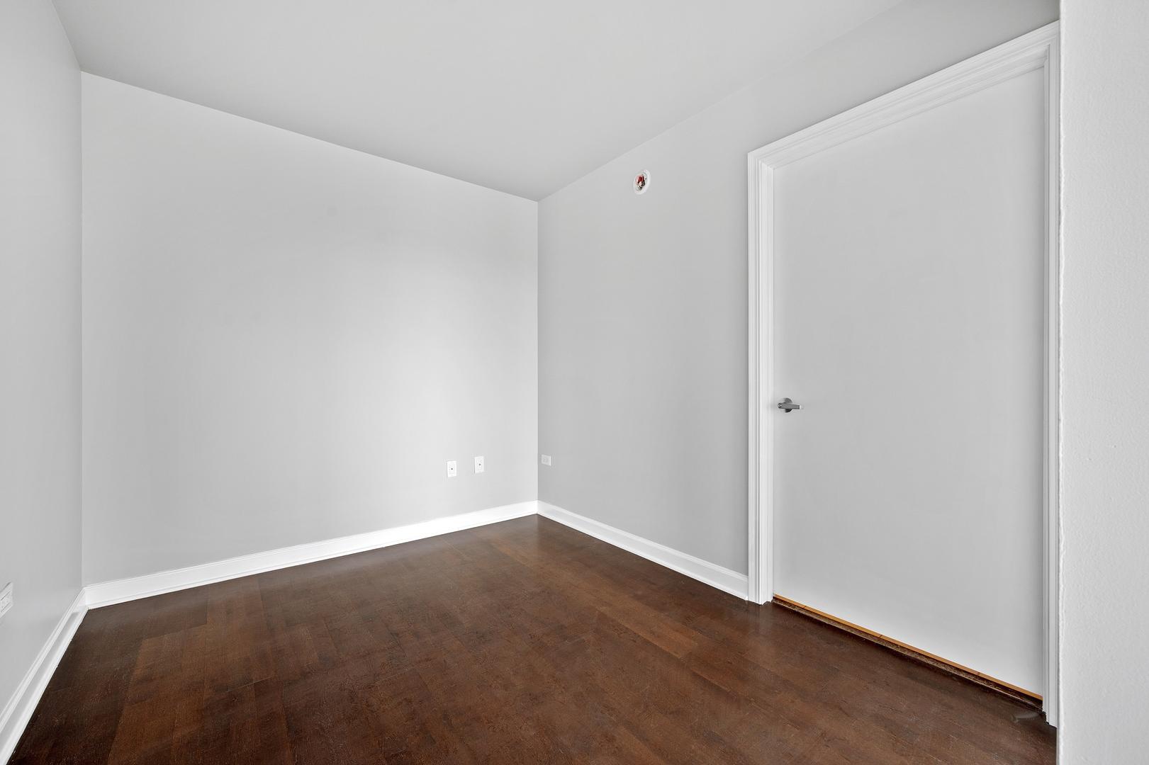 845 N Kingsbury  Street, Unit 409 photo