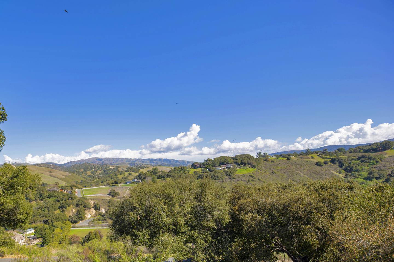 7 Calera Canyon RD