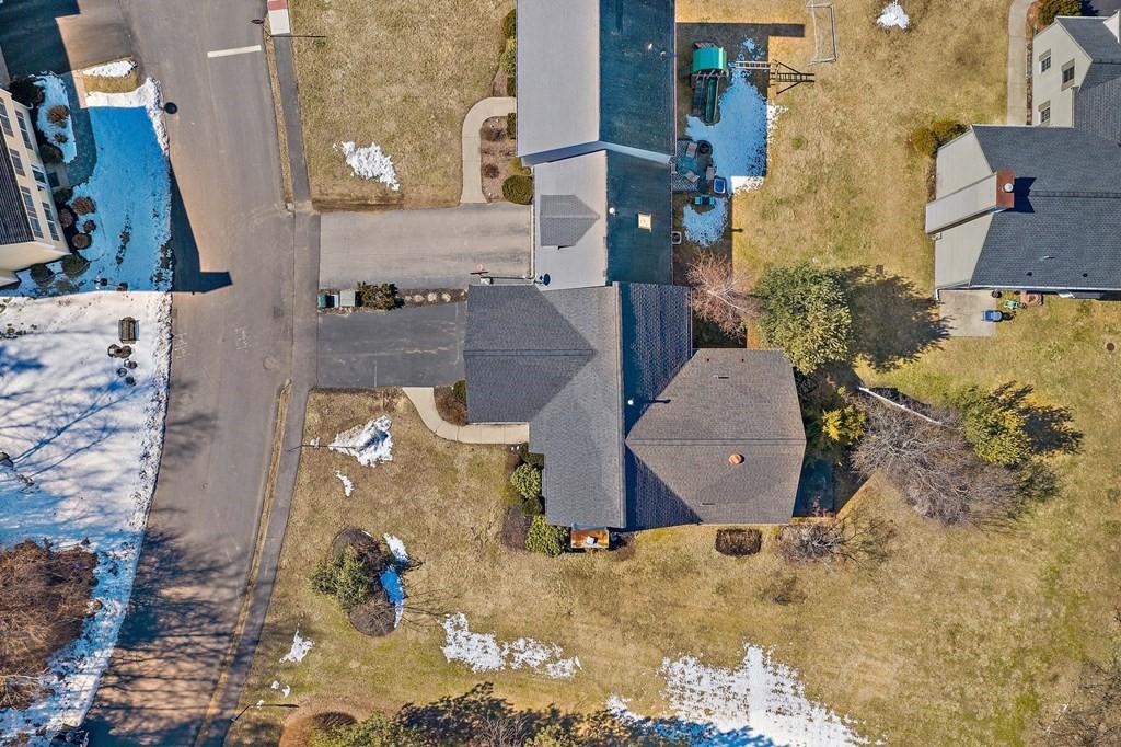 121 Clear Pond Dr Unit: 121 photo