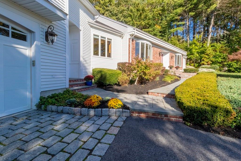 4 Hoosic Dr preview