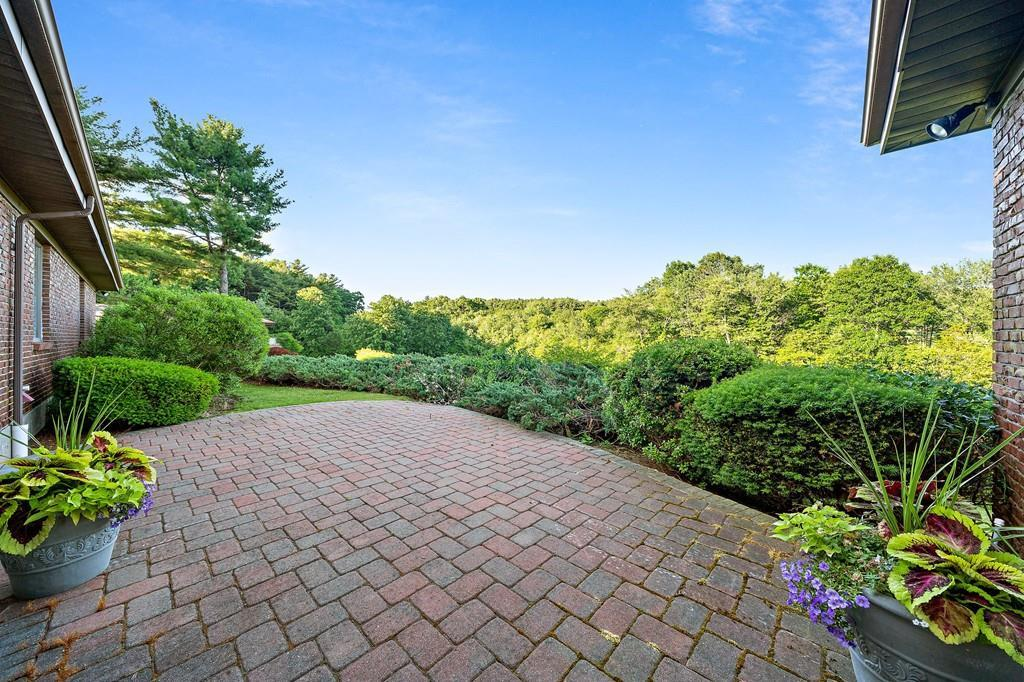 11 Hoosic Dr preview