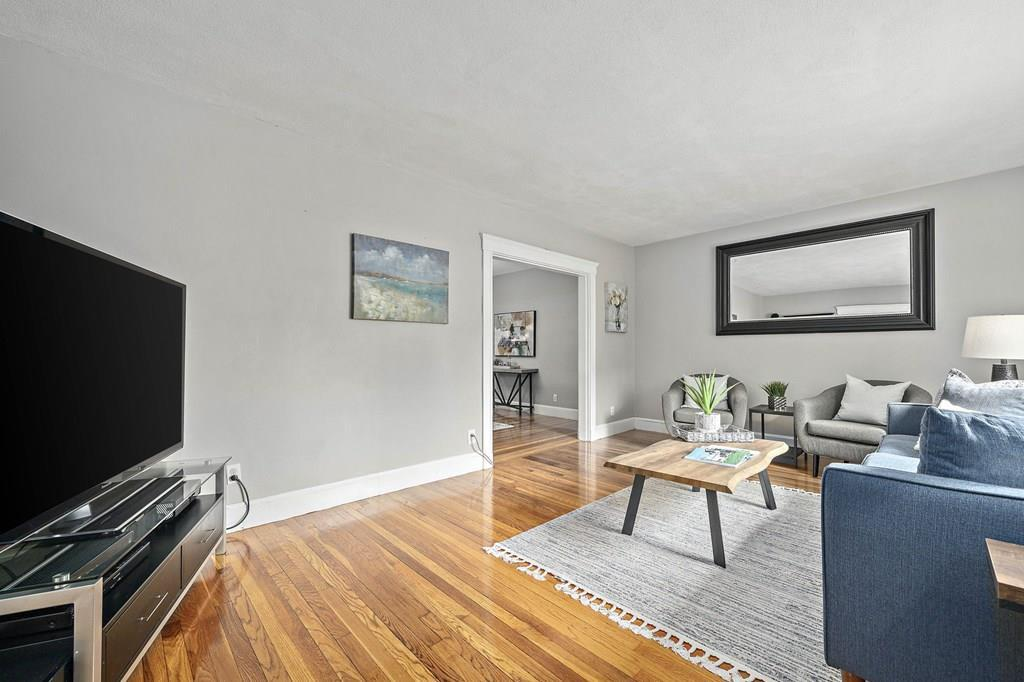 25 Hopedale St preview