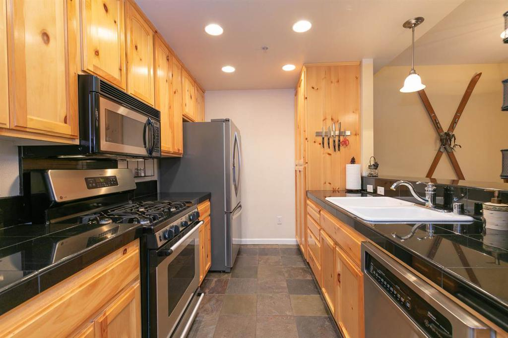227 Squaw Valley Rd - Unit: 39