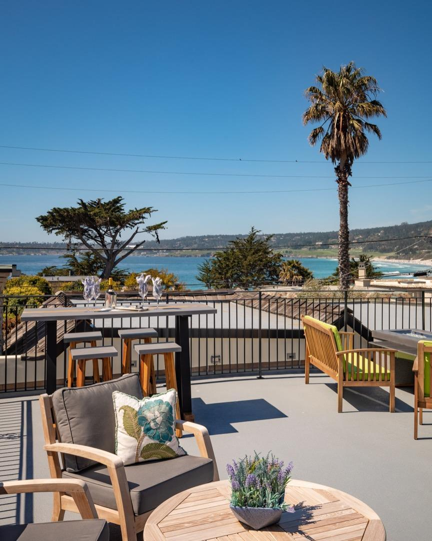 2444 Bay View AVE preview