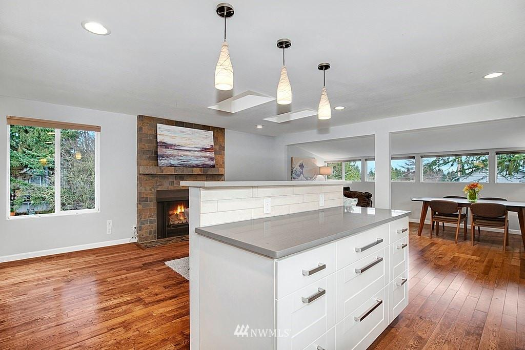 10546 Fremont N  Avenue preview