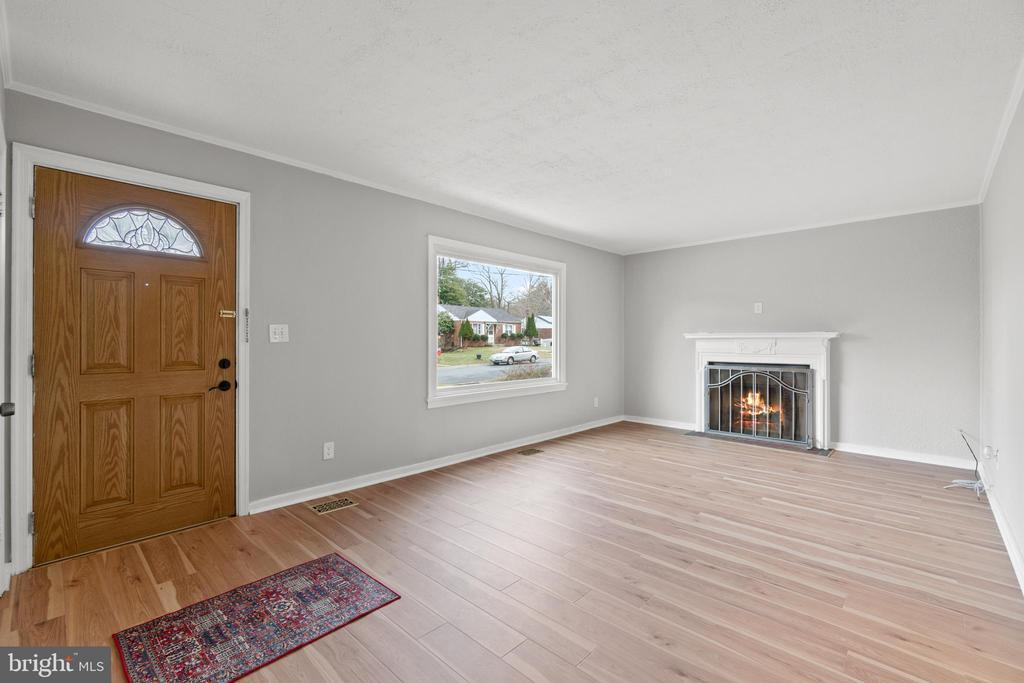 11710 HIGHVIEW AVE photo