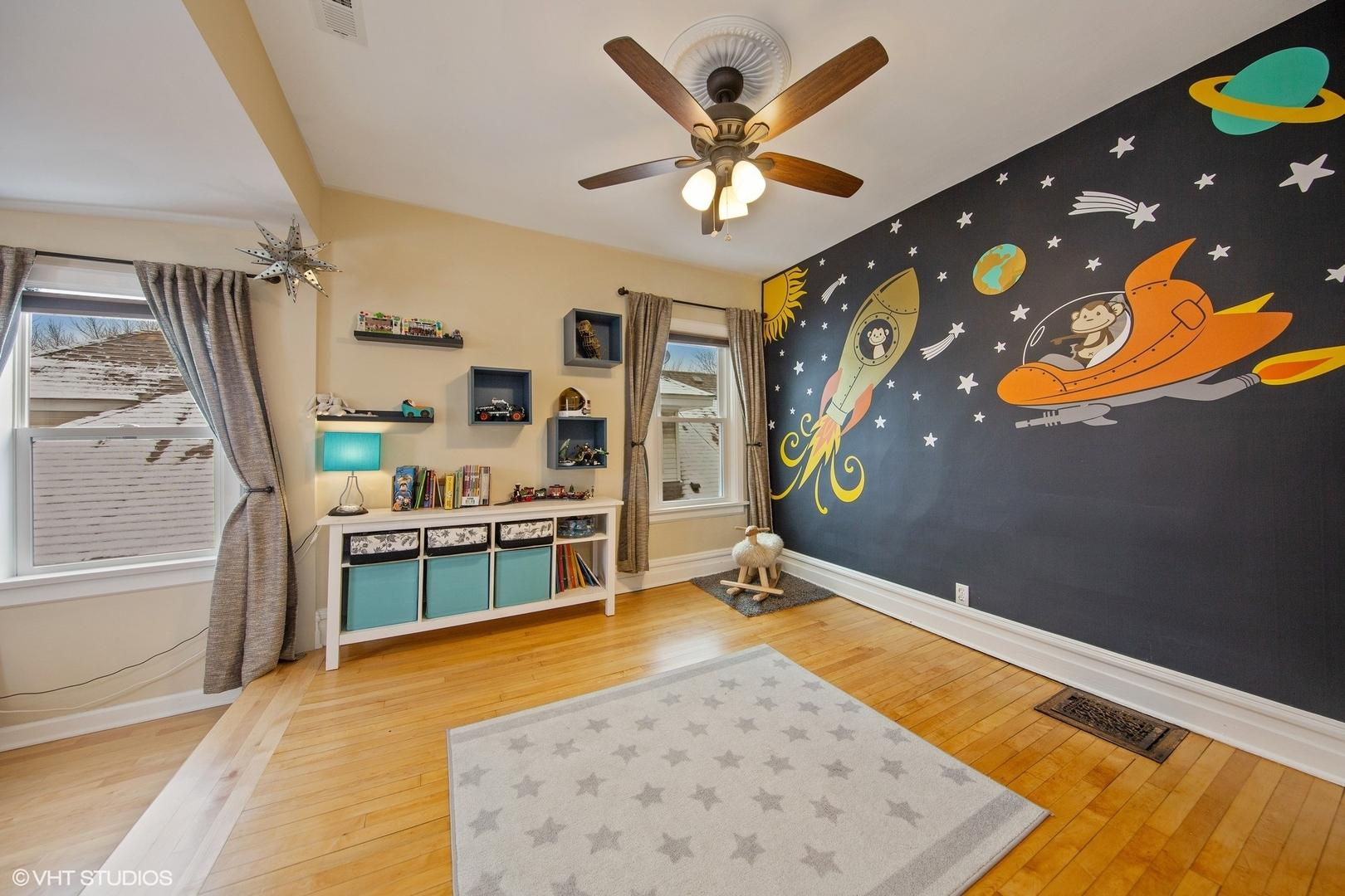 311 S Ridgeland  Avenue photo