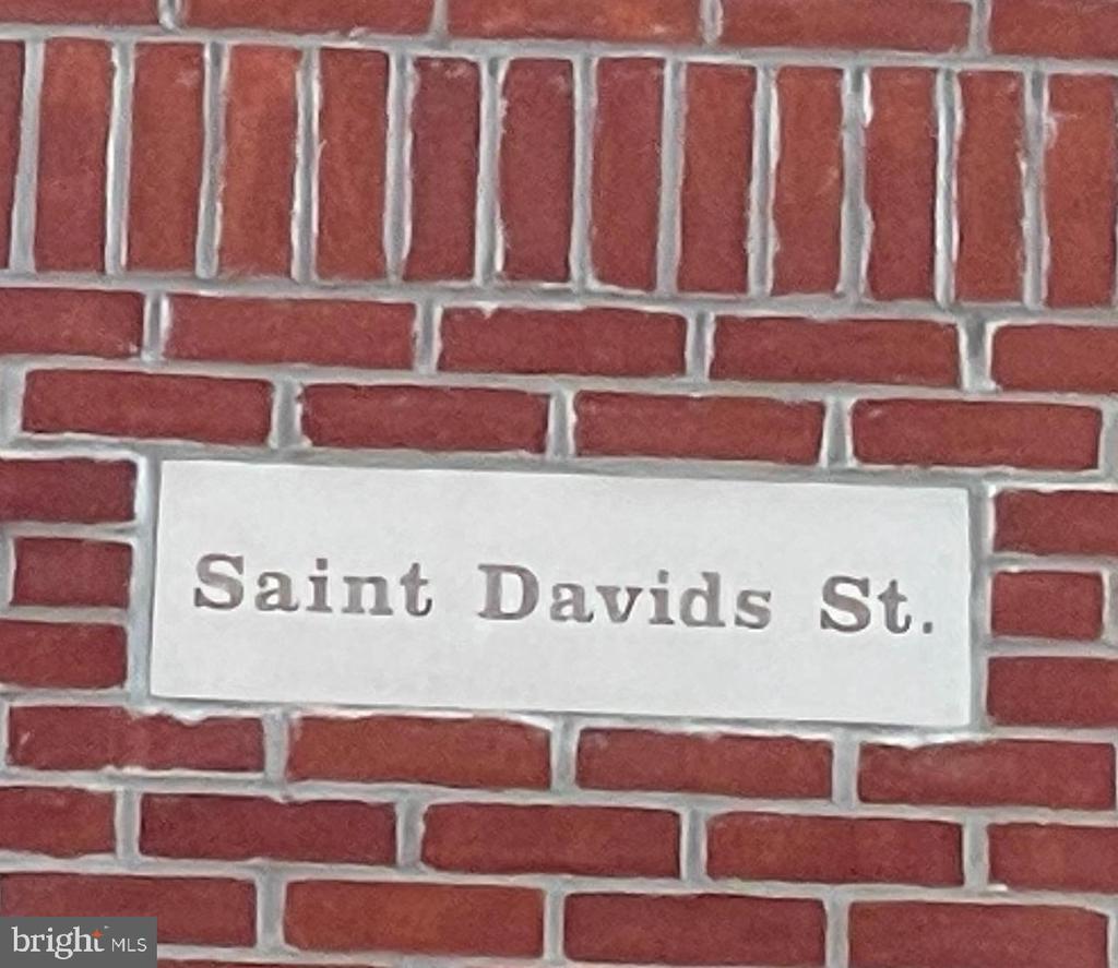 4421 SAINT DAVIDS ST photo