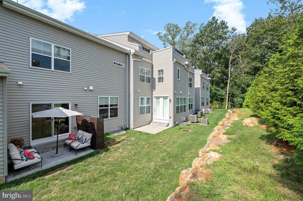 44 NEW COUNTRYSIDE DR photo