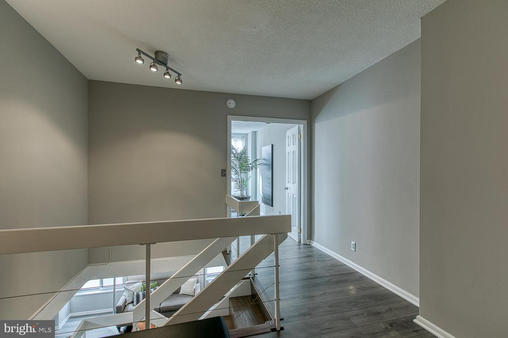 1800 R ST NW #602 preview