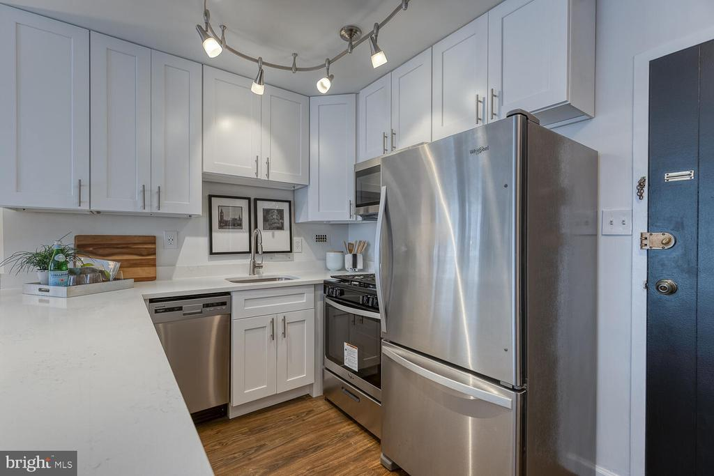 922 24TH ST NW #208 photo