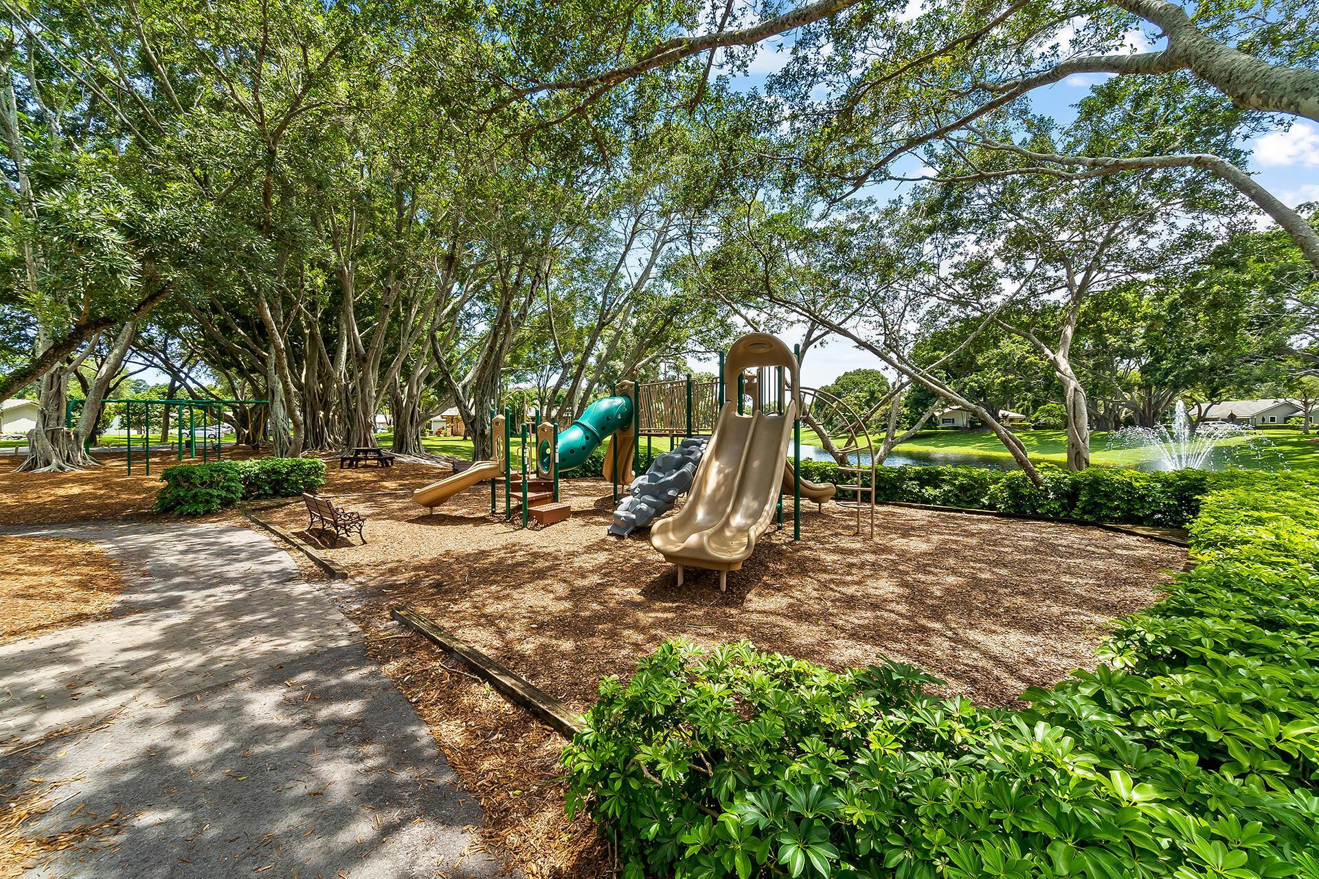 3537 Pine Haven Circle photo