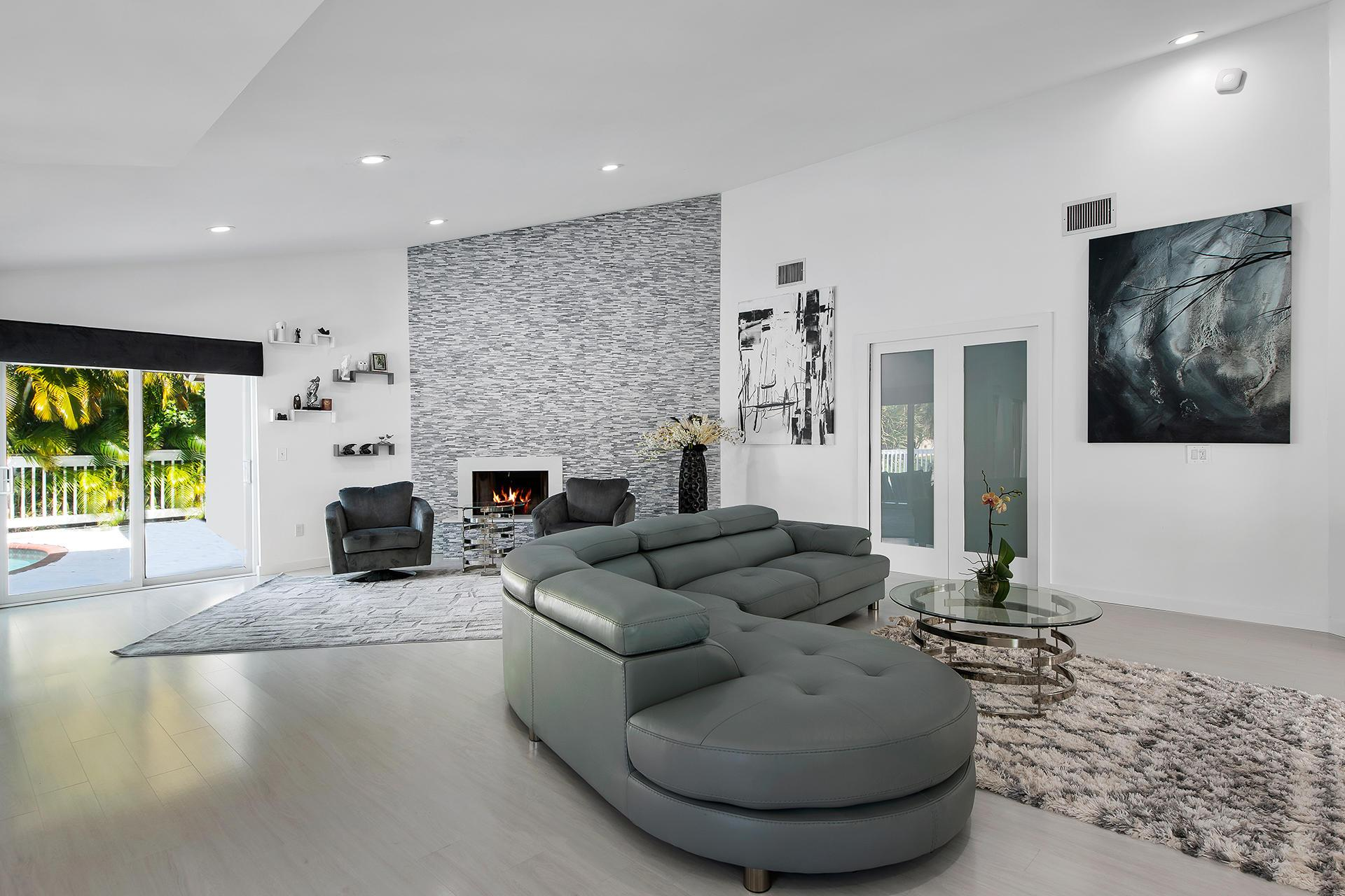 7031 NW 3rd Avenue preview