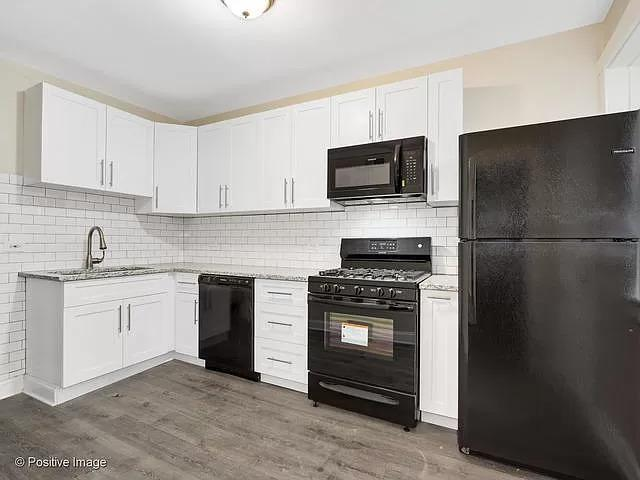 1043 N Christiana  Avenue, Unit 1 preview