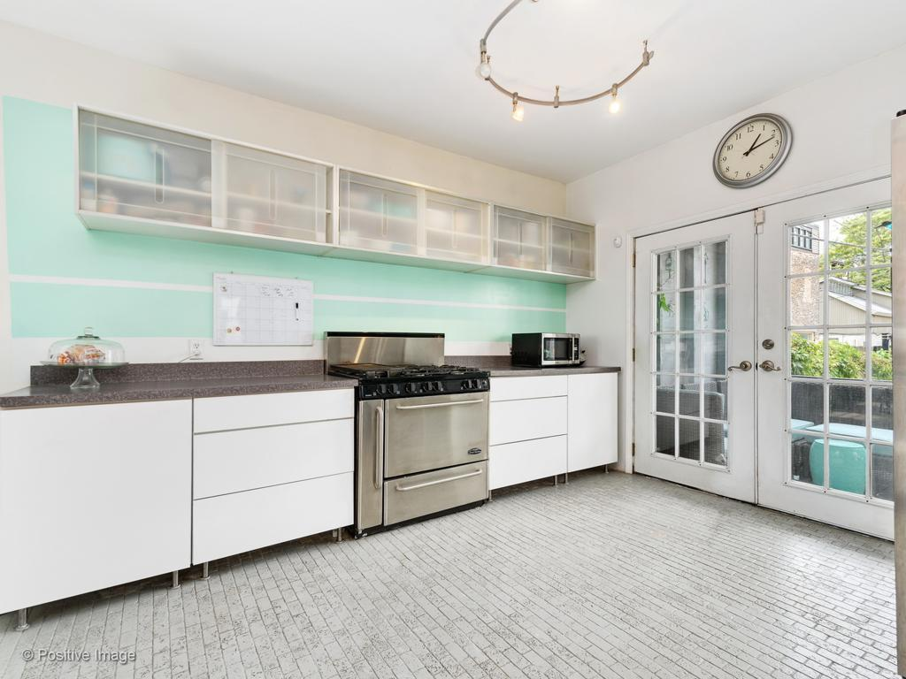 1736 S Union Avenue preview