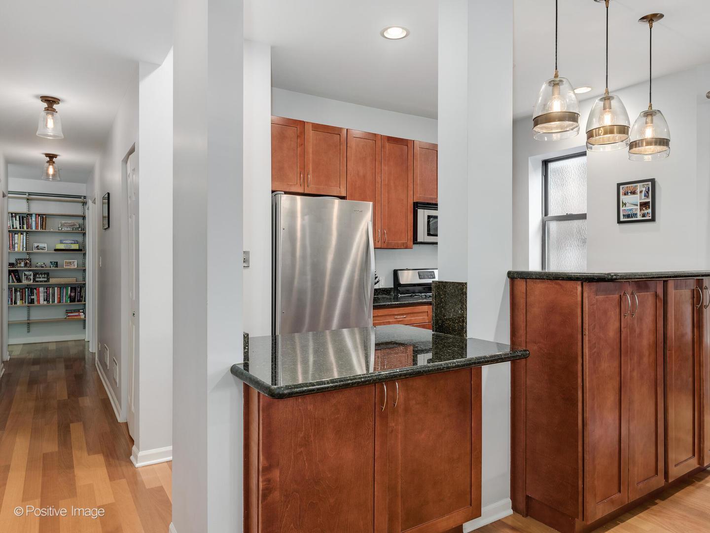5228 N Winthrop  Avenue, Unit 3A preview