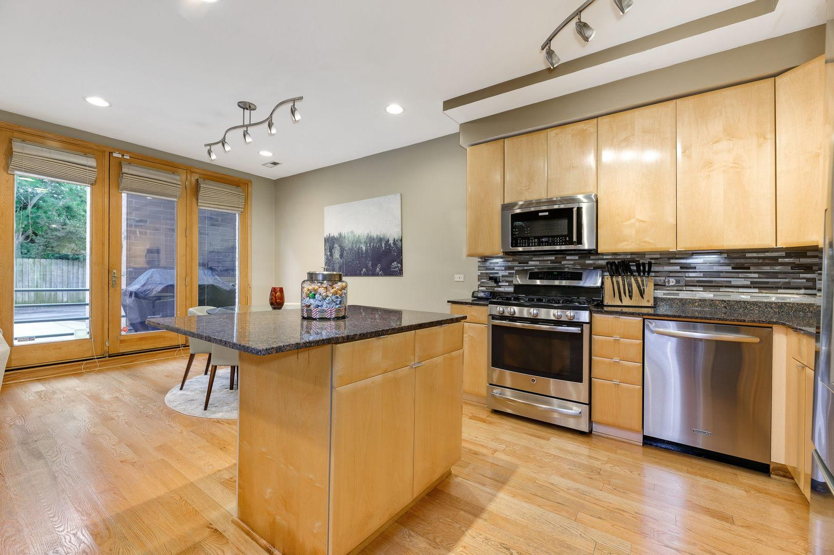 417 N Noble Street # 1 preview