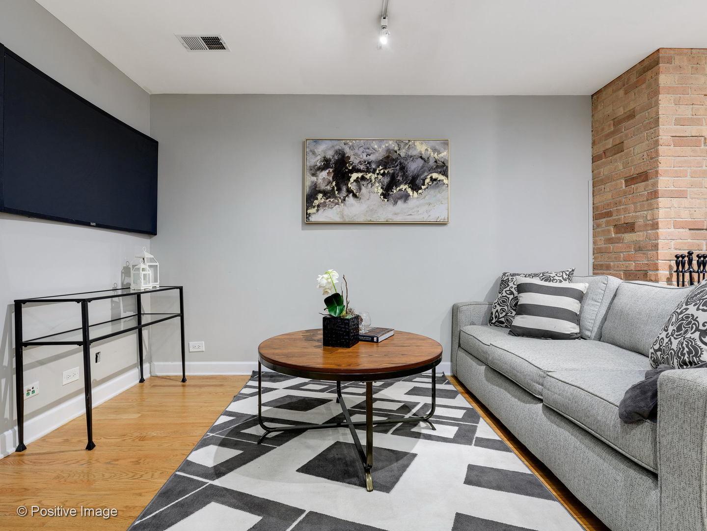 711 W Melrose  Street, Unit B1 preview