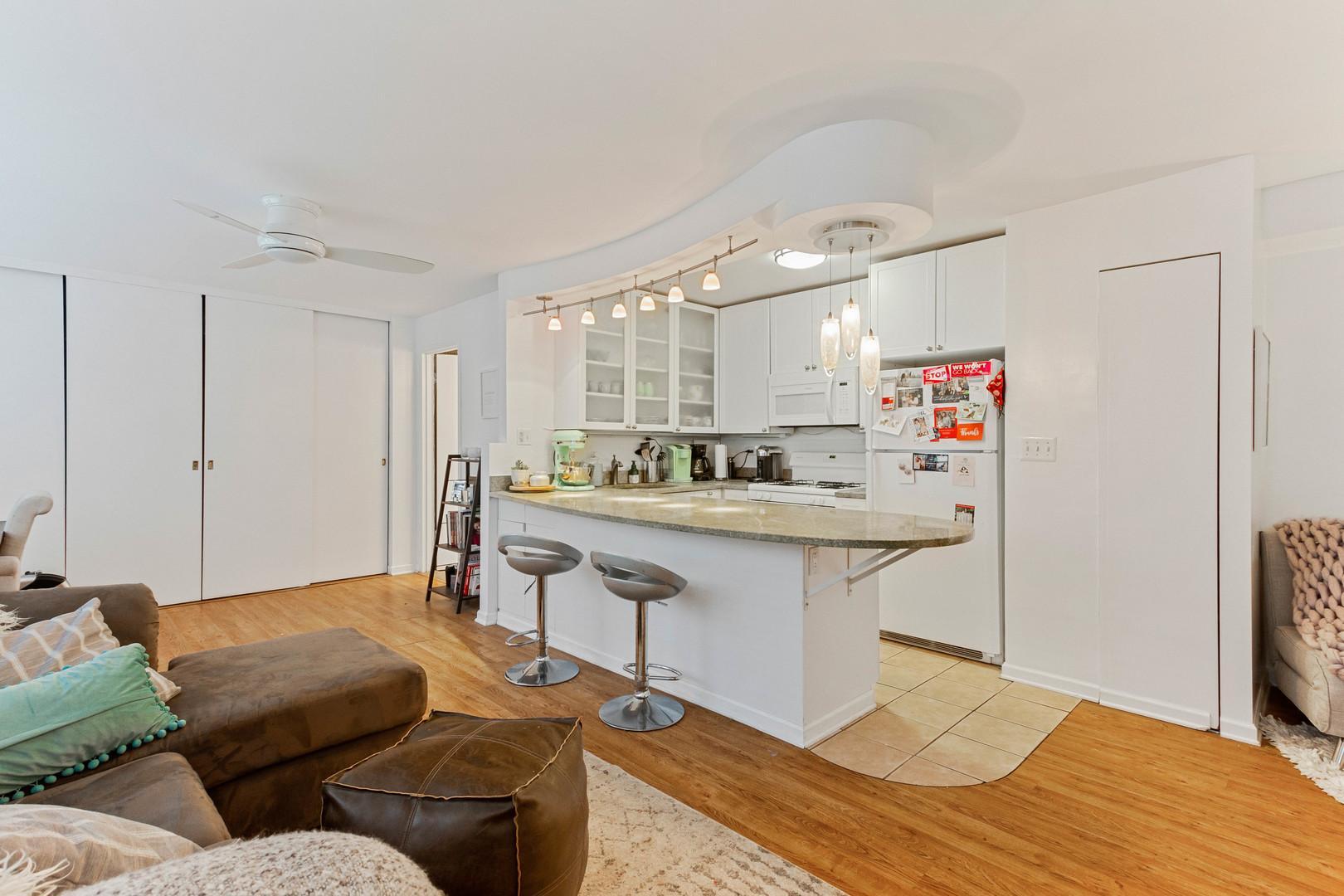 850 N Dewitt  Place, Unit 13F preview