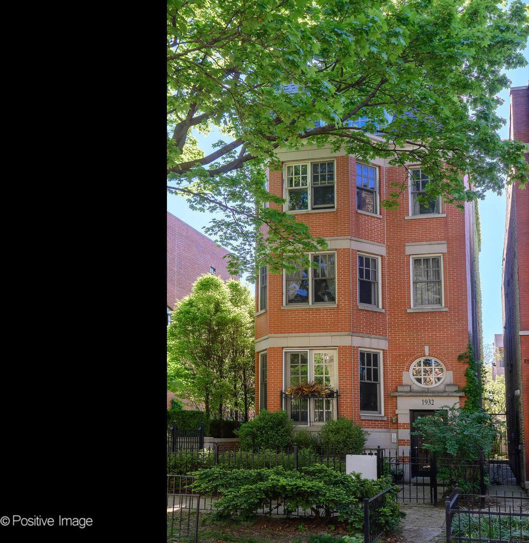 1932 N Hudson  Avenue, Unit 3 preview