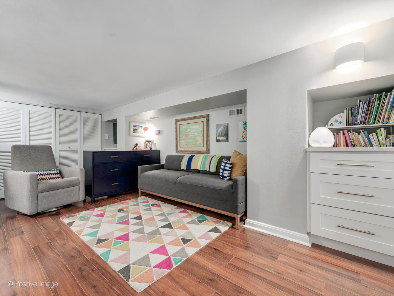1660 N Hudson Avenue Unit: 2A photo