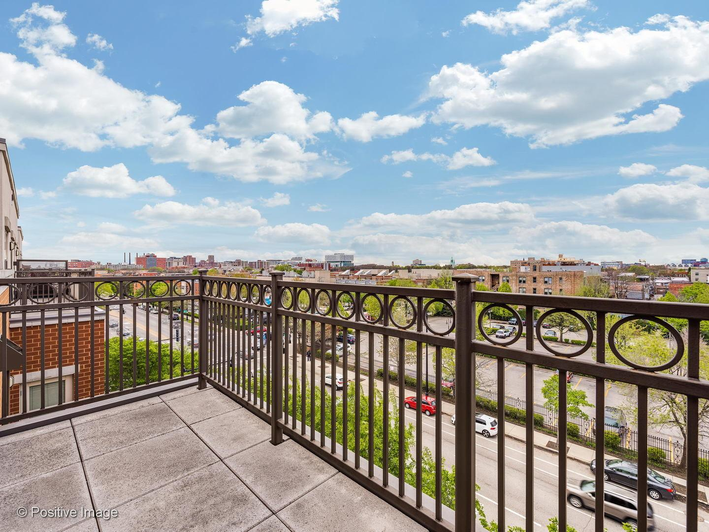 1155 W Roosevelt Road # 506 preview