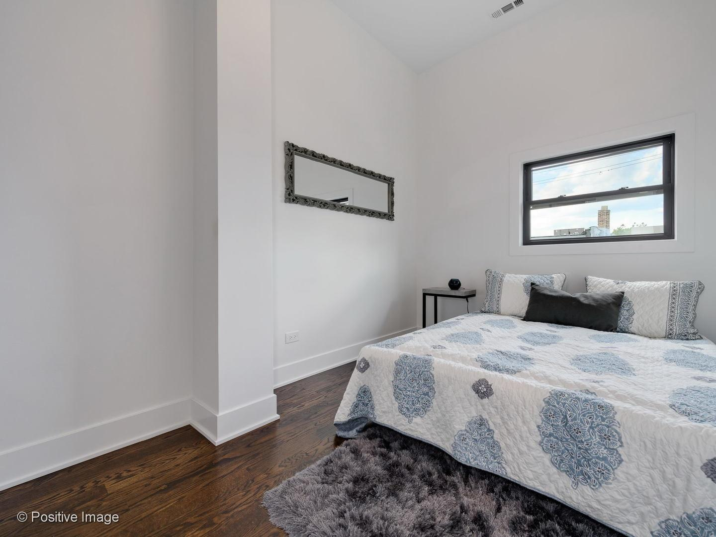 1726 W Superior  Street preview