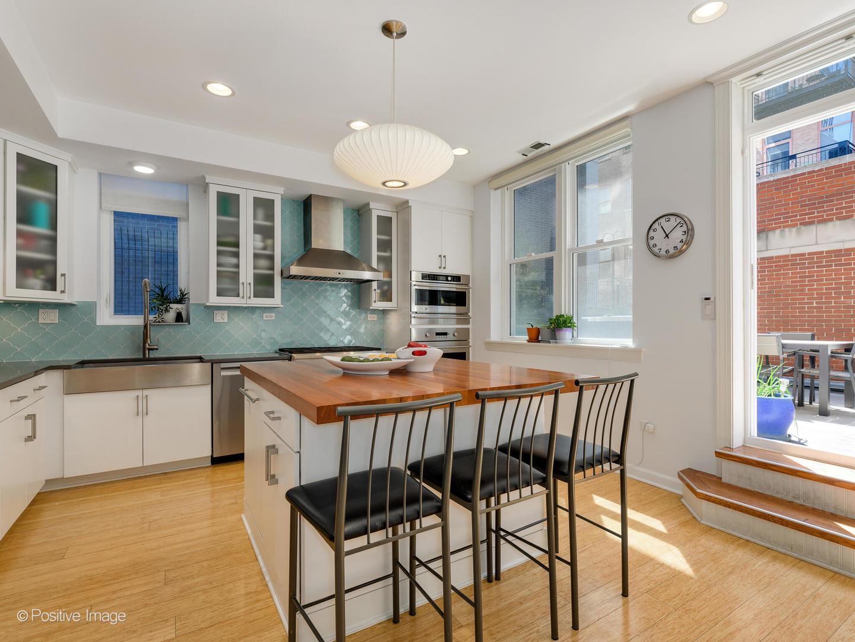 419 W GRAND  Avenue, Unit J preview