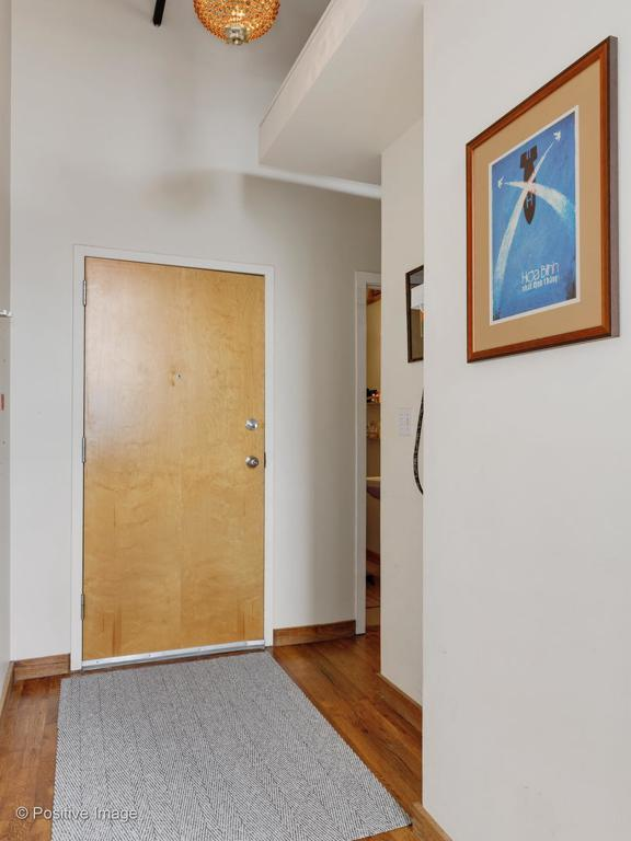1259 N Wood Street # 305 preview