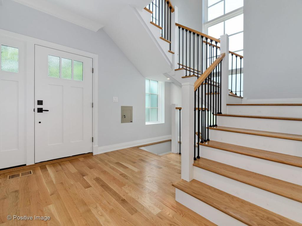 5869 N Lansing Avenue preview