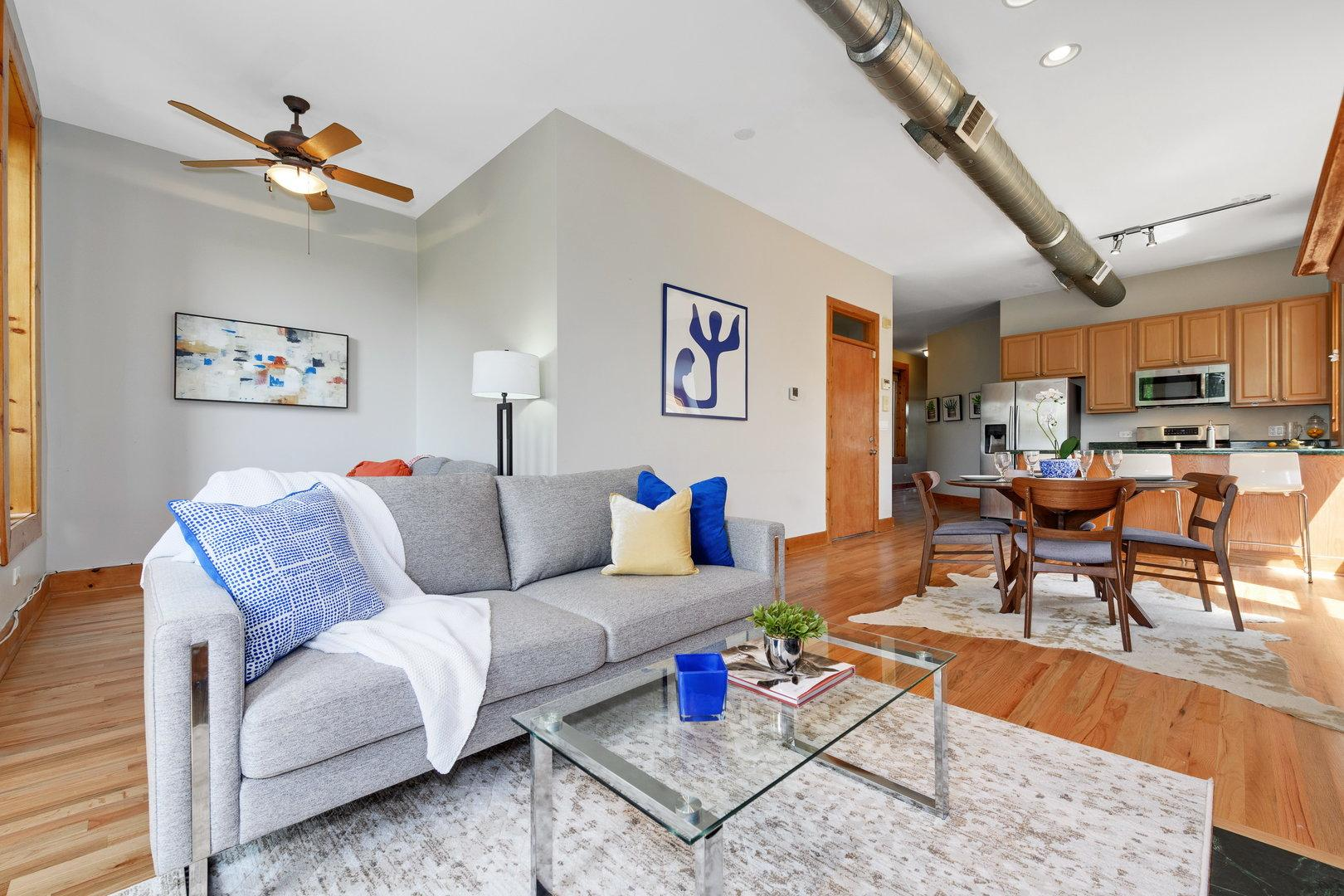 1702 W Erie Street # 3 preview