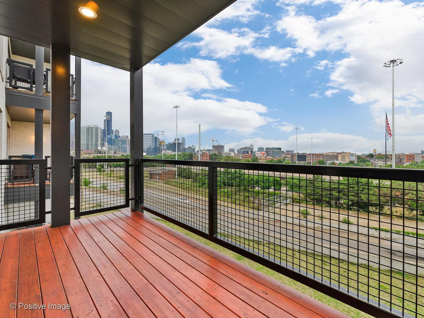 650 N Morgan  Street, Unit 404 preview