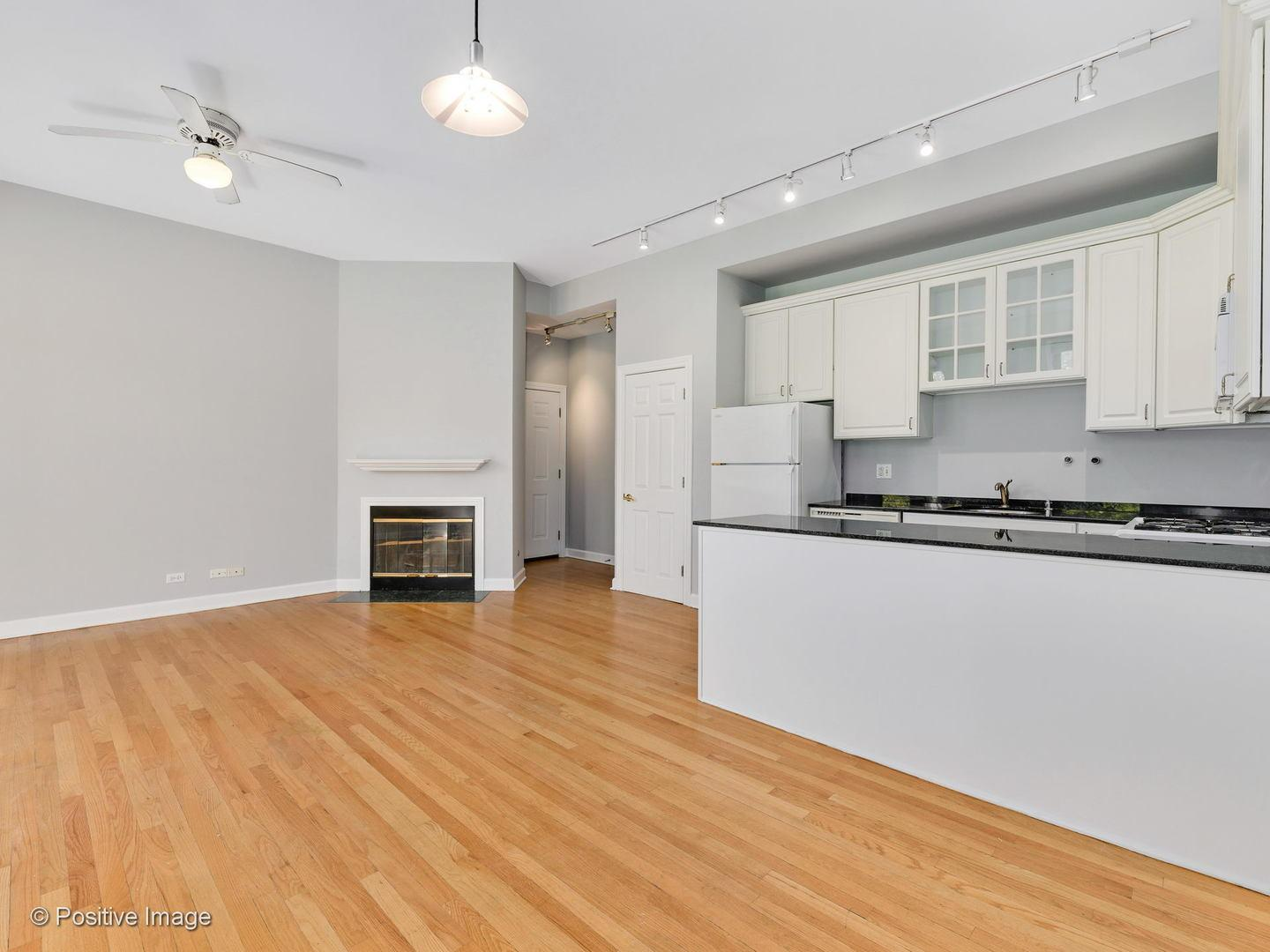 1344 N North Park  Avenue, Unit 2 preview